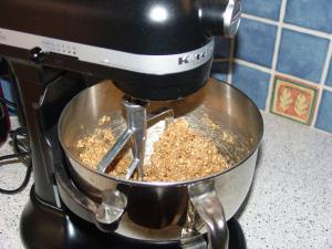 May 09 tasty tools: stand mixer